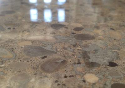 effetto lucidatura pavimento in cemento