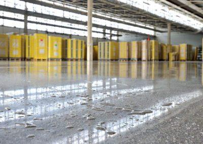 lucidatura pavimento cemento magazzino