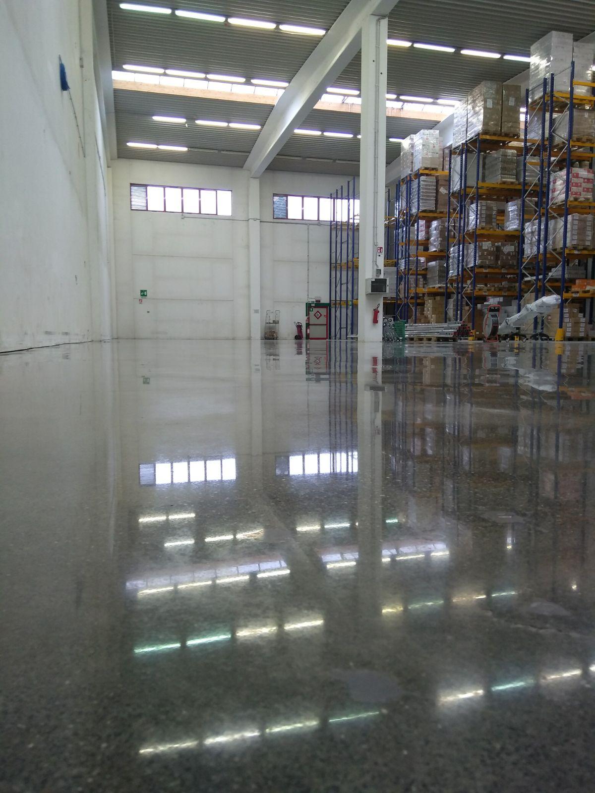 lucidatura pavimenti in cemento Treviso