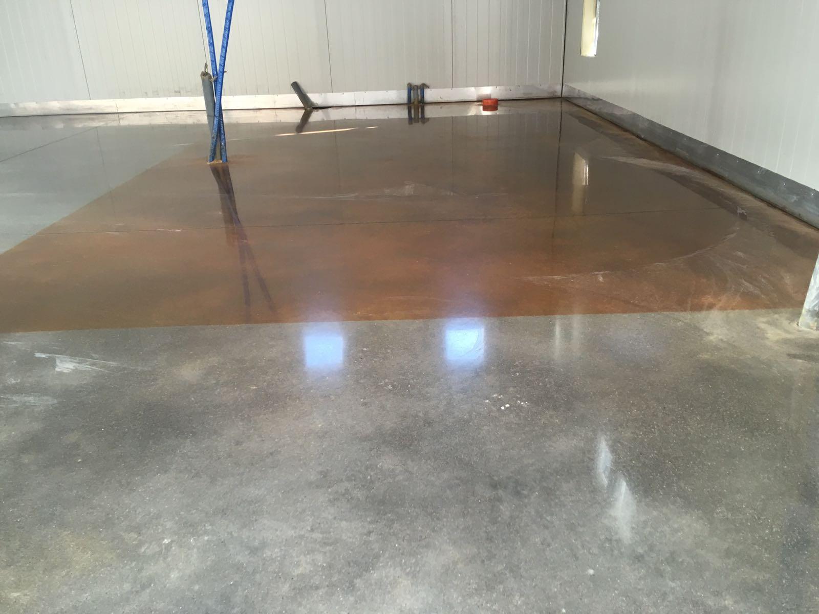 levigatura e lucidatura pavimenti cemento Bologna